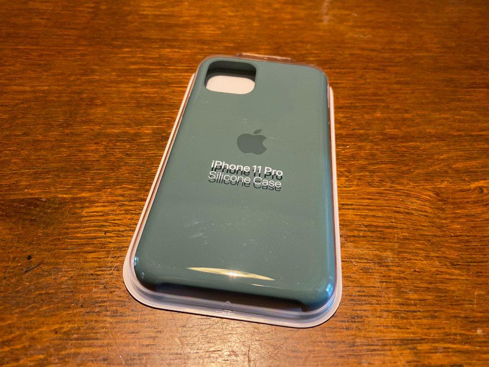 iPhone 11 Pro シリコンケース パッケージ